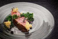 Carne-iberica-con-kale-restaurante-Fierro
