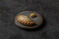 Empanada-3.0-y-oliva-restaurante-Fierro